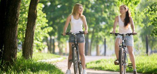 girls-riding-bike_1218-148