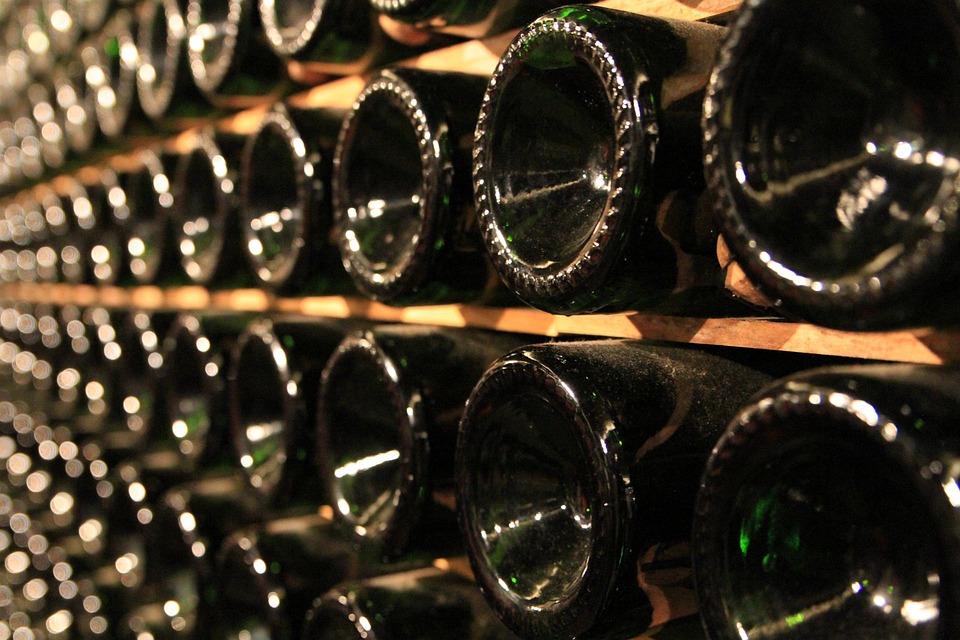 bottles-1864483_960_720